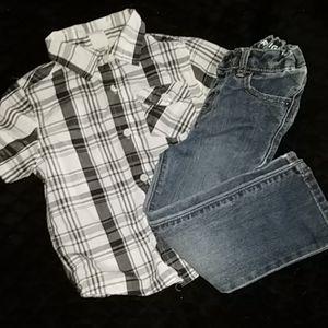 4/10 3T Jean's Plus Free Shirt